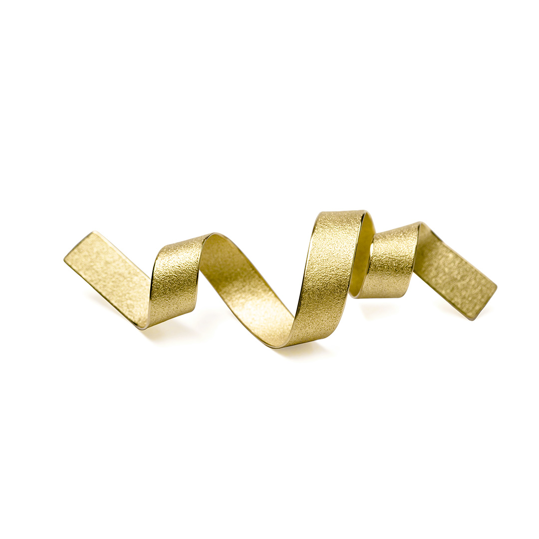 Rolling Waves Moonlight Brooch in Fairtrade Gold. Image Courtesy of U Decker